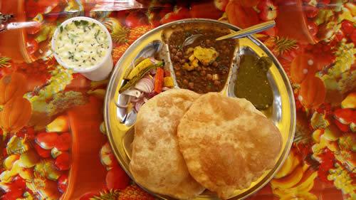 Voyage culinaire en Inde : quels sont les plats typiques du pays ?