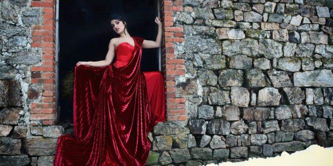 Robe de mariée : Osez porter de la couleur !