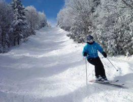Voyage au Canada : 3 endroits pour profiter des activités hivernales à la montagne